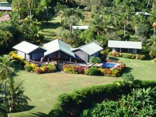 Aerial View of Ucuilagi - Ucuilagi, a  private residence overlooking beach. - Matei - rentals