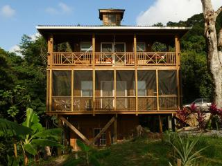 Treehouse Roatan, Honduras. Spectacular Views!