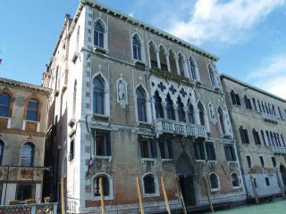 Ca' Cerchieri 1 - Venice vacation rentals