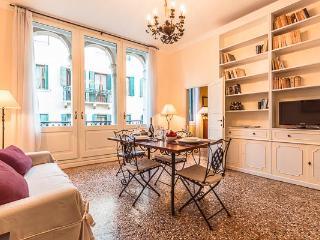 Ca' Grassi 2 - Venice vacation rentals