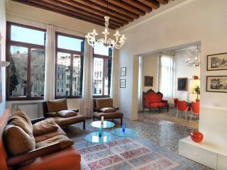 Bright 3 bedroom Condo in Venice - Venice vacation rentals