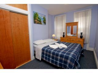 Beautiful 2 bedroom apartment! 15 min to Manhattan - Ridgewood vacation rentals
