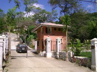 Nice Villa with Deck and Internet Access - Playa Samara vacation rentals