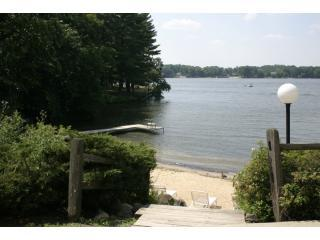 The view of Lake Delton from the patio - Quiet Condo on Lake Delton in Exciting Wis Dells - Wisconsin Dells - rentals