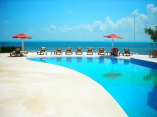 3 bedroom Condo with Internet Access in Isla Mujeres - Isla Mujeres vacation rentals