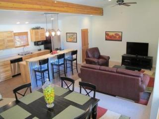 Luxury Condo at Moab Springs Ranch - Sleeps 8 - Moab vacation rentals