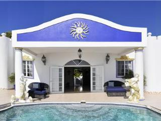 Nice House with Private Outdoor Pool and A/C in Hope Bay - Hope Bay vacation rentals