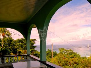 Lovely 3 bedroom Lower Bay House with Internet Access - Lower Bay vacation rentals
