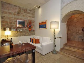 Comfortable 1 bedroom House in Rome - Rome vacation rentals