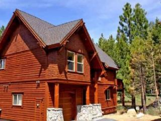 Trailside Villa *XC Trails out your back door!* - Truckee vacation rentals