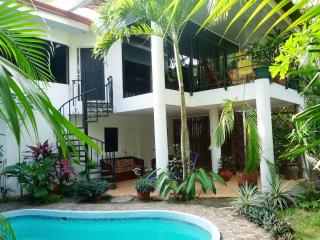 Villa Casaloma, Manuel Antonio - TOP VACATION RENT - Manuel Antonio National Park vacation rentals