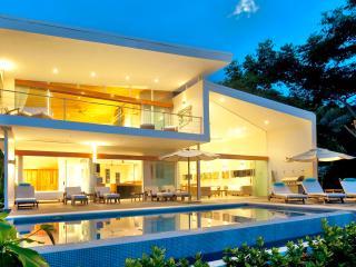 Santa Teresa Playa Hermosa Beachfront Luxury House, A/C - Santa Teresa vacation rentals