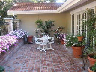 Entry Courtyard Carmel Home - Carmel Home Nestled in the Woods - 3+ BR 2.5 Bath - Carmel - rentals