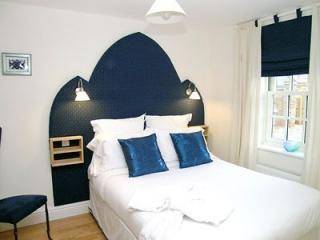 YORK Centre MONKS RETREAT 4 mins from the Minster - York vacation rentals