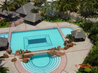 Pool from our balcony - Ocean Front 1 BD Condo Cerritos Beach - Mazatlan - rentals
