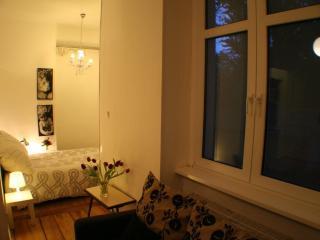 Apartment Rental at Artflat 16 in Kreuzberg, Berlin - Berlin vacation rentals