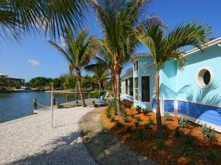 Honeyfish, stunning views across Bimimi Bay! - Anna Maria Island vacation rentals