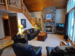 Upscale Cabin in Roslyn Ridge *Summer Specials* 3BR/2BA, WiFi! - Ronald vacation rentals