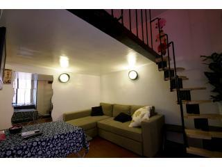 Living Room with Sofà + 2nd level stairs.jpg - * ROME CITY CENTER * - Rome - rentals