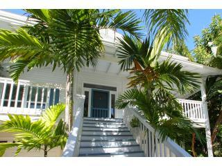 Lemonfish, stunning and spacious 4-bed rental! - Anna Maria Island vacation rentals