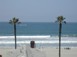 Direct Ocean View-pool & spa just below balcony..just a few steps to beach. - BEACH-OCEAN-VACATION-FANTASTIC OCEAN VIEW - Oceanside - rentals