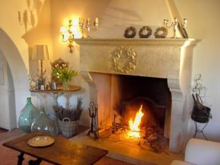 Stone Fireplace in Lounge Room tuscany villa tuscany villa rental poggio canali - Best of Tuscany-Poggio Canali -Tuscany Villa - Florence - rentals
