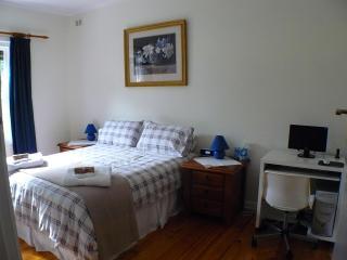 LANGMAN - Henley Beach vacation rentals