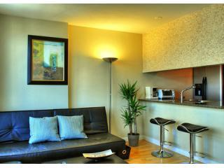 Harbour View DT 2BR by Convention/Cruise Center - Vancouver vacation rentals