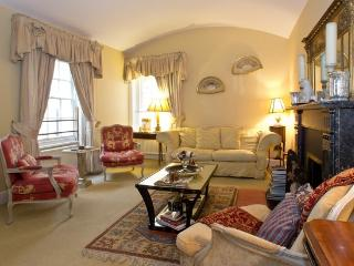 Belgravia  2 bed 2 bath House (1021) - London vacation rentals