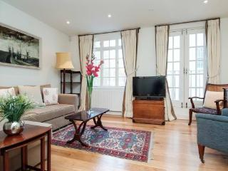 London Westminster  Mews House 3 bedroom NON SMOKING  (1398) - London vacation rentals