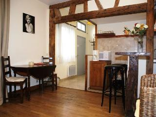 SEVR87 - Paris vacation rentals