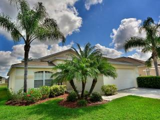 Bright 3 bedroom Fort Myers House with A/C - Fort Myers vacation rentals
