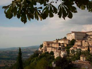 Casa Spello - Hilltop Village -  Townhouse Apts - Montefalco vacation rentals