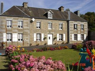 Normandy,1hr from Mont St Michel, Landing Beaches - Les Cresnays vacation rentals