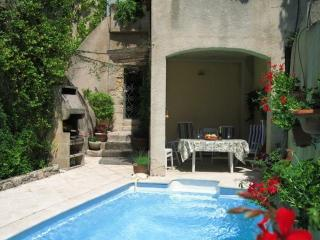 Charming 3 Bedroom Village House with Pool - Merindol vacation rentals