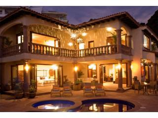 Awarded 2011,2012, & 2013 Gold Award Winner for  Flipkey Top Vacation Rental PV - Puerto Vallarta vacation rentals