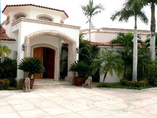 Villa Paraiso, elegant beach front home - San Jose Del Cabo vacation rentals