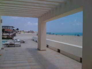 Gorgeous White Sand Beaches - Closest Beachfront House to Town - Playacar 1 - Playa del Carmen - rentals