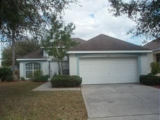 Adorable 3BR house w/ pool access in S. Dunes - MC2200 - Poinciana vacation rentals