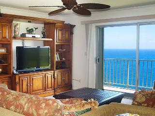 Alii Kai 4303: Premium oceanfront, amazing views, top floor. - Wainiha vacation rentals