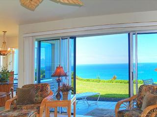 Pali Ke Kua 119: AIr-conditioned luxury with oceanfront and Bali Hai views - Princeville vacation rentals