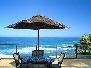 Puu Poa 214: Spacious 2br/2ba with 2000sf of oceanfront luxury, 2 lanais! - Princeville vacation rentals
