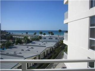 Lovely Gulf View 2BR with TV/DVD, Wi-Fi #407GV - Image 1 - Sarasota - rentals
