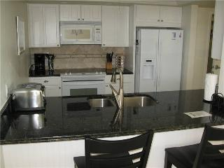 Gulf Side 2BR with leather furniture, TV/DVD #501GS - Sarasota vacation rentals