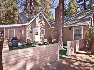 Lakeside Lodge,1 Block to Lake, 5BD, HotTub-WiFI - South Lake Tahoe vacation rentals
