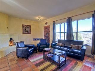 Comfortable 2 bedroom Vacation Rental in Taos - Taos vacation rentals