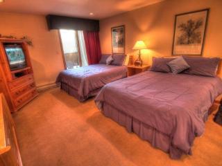 CM337H Copper Mountain Inn - Center Village - Copper Mountain vacation rentals