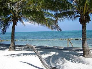Casita Buena Vista, Guesthouse with private beach - Belize Cayes vacation rentals