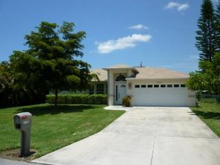 Cape Escape - 3/2 Electric Heated Pool Home, Fenced Yard, High Speed Internet - Cape Coral vacation rentals