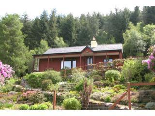 Hazelgrove Cottage, Loch Ness, Scottish Highlands - Foyers vacation rentals
